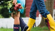 The Benefits of Gardening with Kids